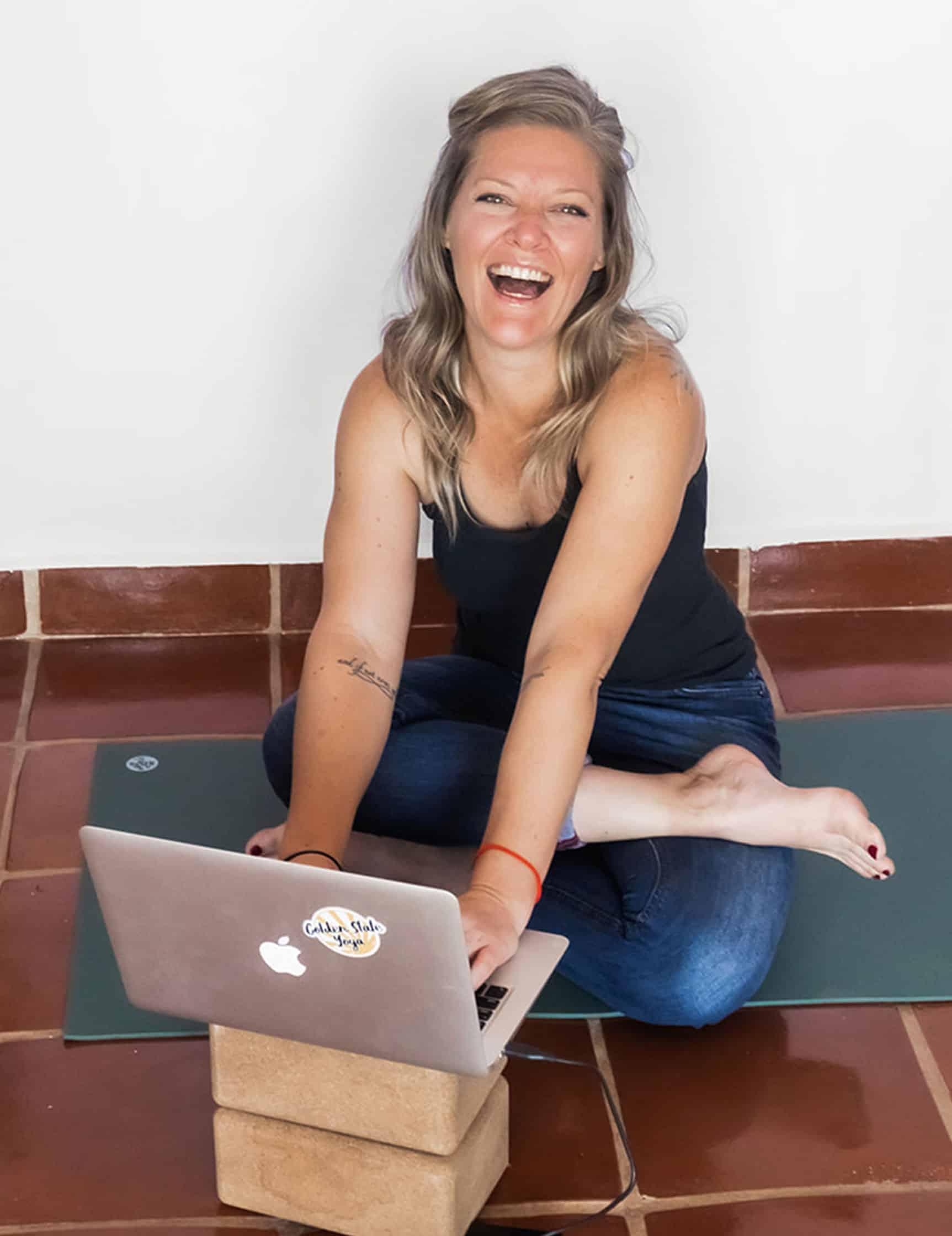 Emily-McMichael-Yoga-Headshot-Mentorshp2